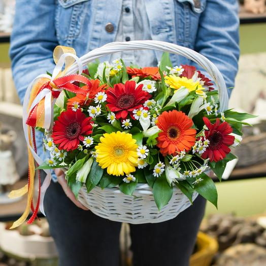 "Корзина цветов ""Этим летом"""