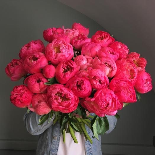 27 пионов: букеты цветов на заказ Flowwow