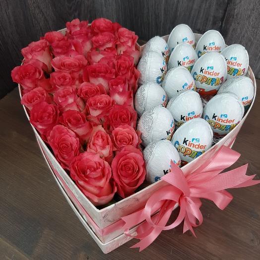 Коробка Сборная (цветы и сладости): букеты цветов на заказ Flowwow