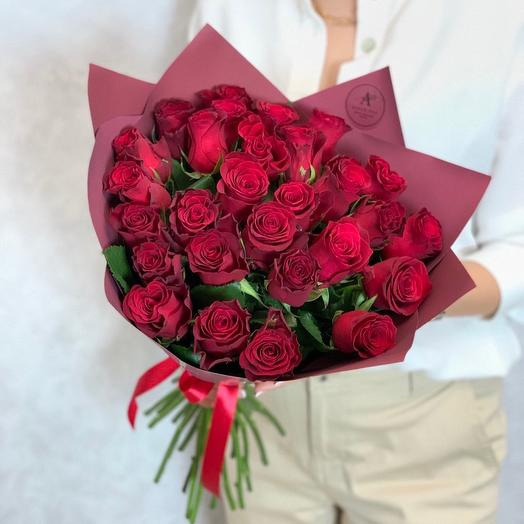 Bouquet of 29 red roses (Kenya) premium