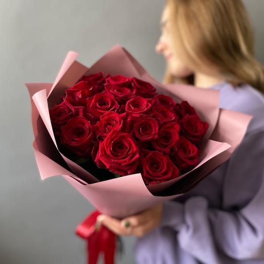 Красные Розы 19 штук