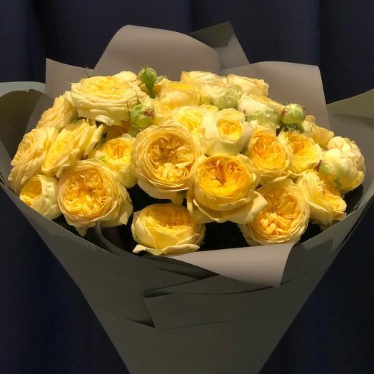 Букет 15 пионовидных роз 60 см