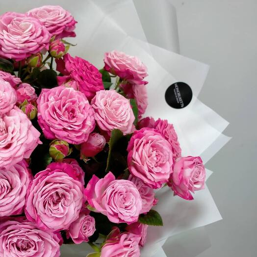 """""""Вкусный """" букет кустовых пионовидных роз"""