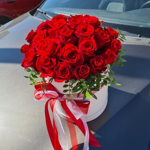 Розы в шляпной коробке XL