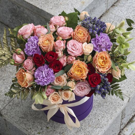 Коробка с цветами «Мелания»