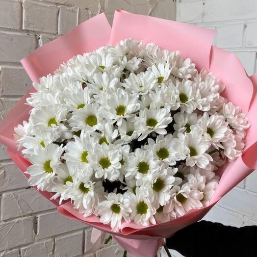 Белоснежный букет хризантем