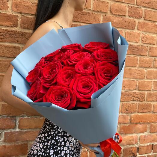 Букет из 15 Ароматных Роз (60см)