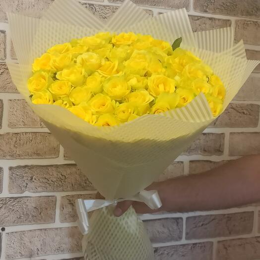 Монобукет из 51 жёлтой розы