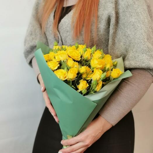 Букет Лимончелло 15 из желтых кустовых роз