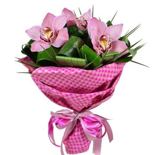 Ароматный комплимент: букеты цветов на заказ Flowwow