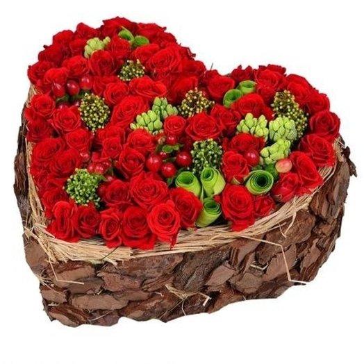 Сердце в коре: букеты цветов на заказ Flowwow