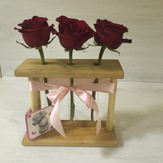 Ред трио: букеты цветов на заказ Flowwow