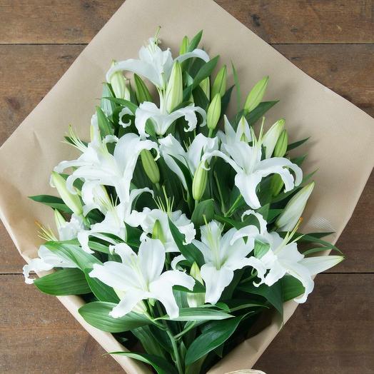9 Лилий в крафте: букеты цветов на заказ Flowwow