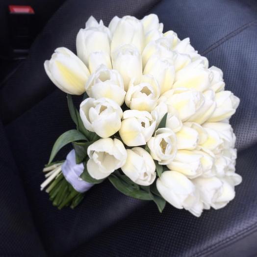 Букет из 29 белых тюльпанов: букеты цветов на заказ Flowwow