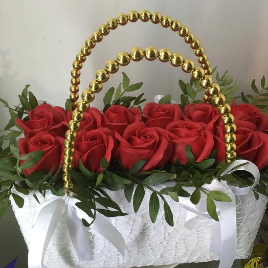 Сумочка с мыльными розами: букеты цветов на заказ Flowwow
