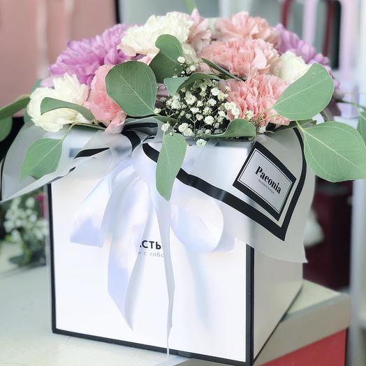 Коробка 18: букеты цветов на заказ Flowwow