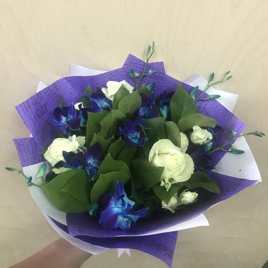 Букет из синих орхидей и Роза: букеты цветов на заказ Flowwow