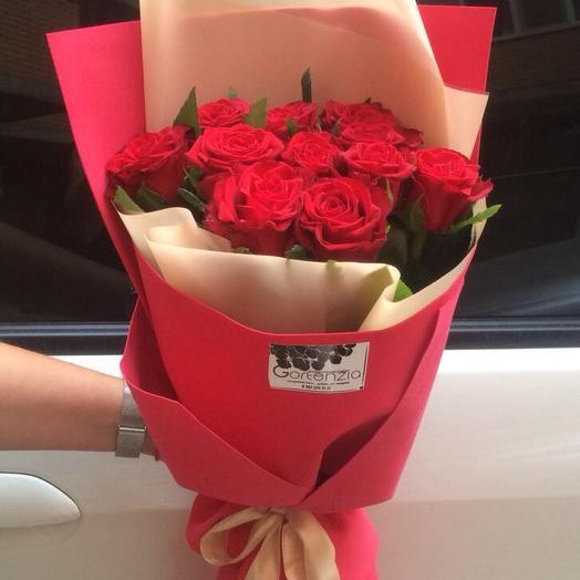 Букет-комплимент из красных роз 11 шт