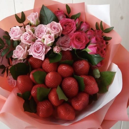 Клубничный букет «Queen»: букеты цветов на заказ Flowwow