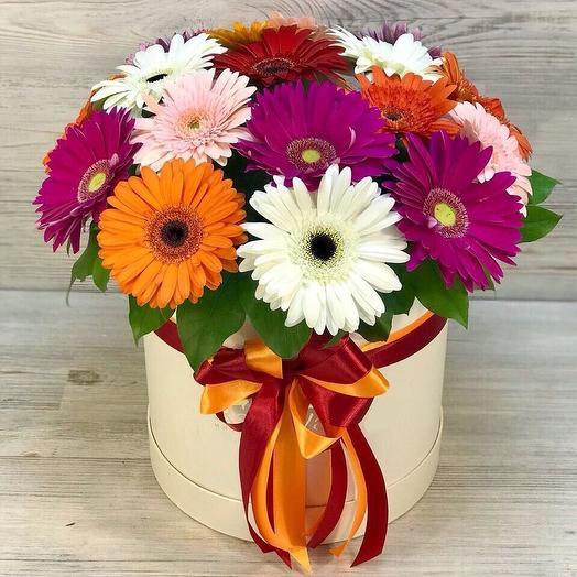 Коробка с герберами: букеты цветов на заказ Flowwow