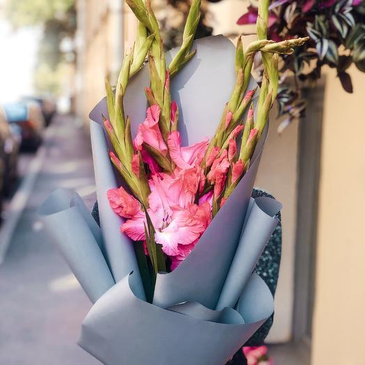 Букет Потому что Гладиолус-2: букеты цветов на заказ Flowwow