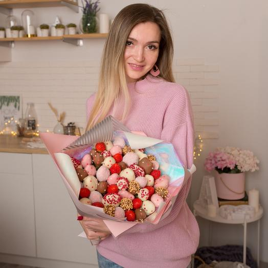 """A bouquet of chocolate-covered strawberries """"Princess"""""""