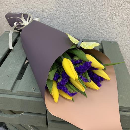 Чудесные тюльпаны: букеты цветов на заказ Flowwow