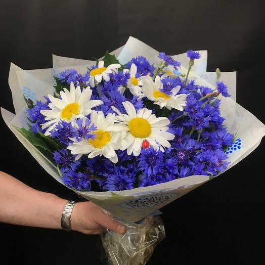 Ромашки в васильках: букеты цветов на заказ Flowwow