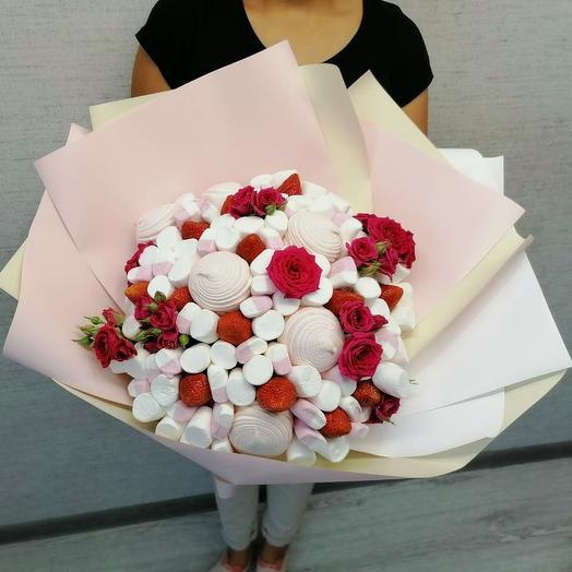 Клубничный Зефир с цветами