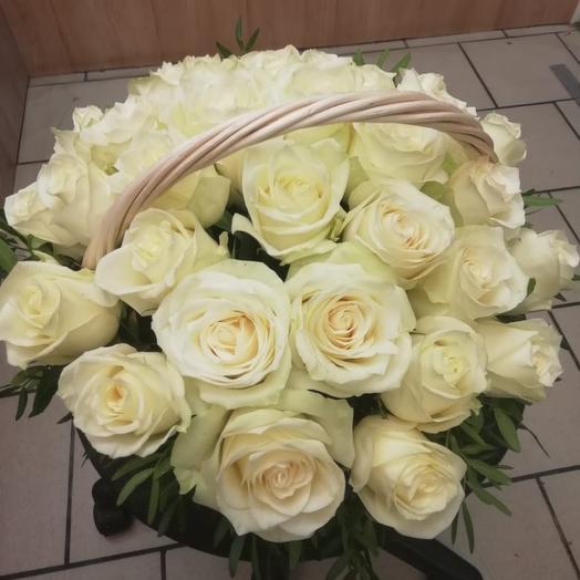 """""""Валенсия"""" корзина с цветами"""