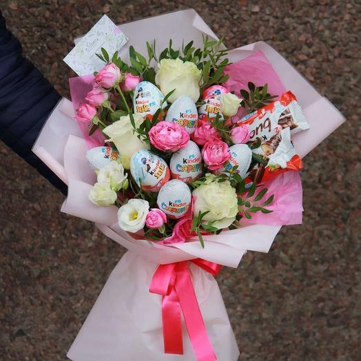 Сладкий букет киндер и розы