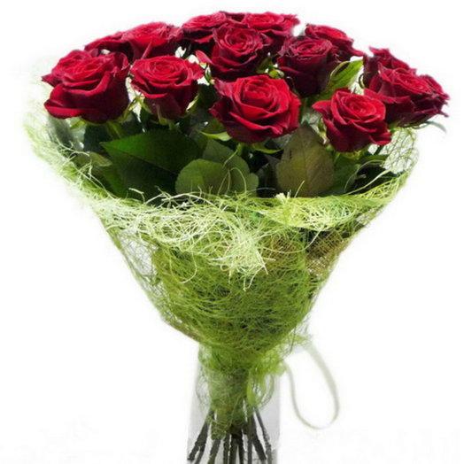 Заказ и доставка цветов в могилеве, курьер с цветами заказать москва