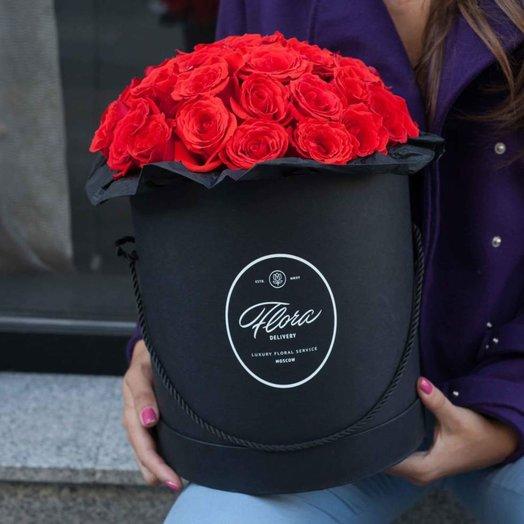 Розы Nina в шляпной коробке Grand B ack