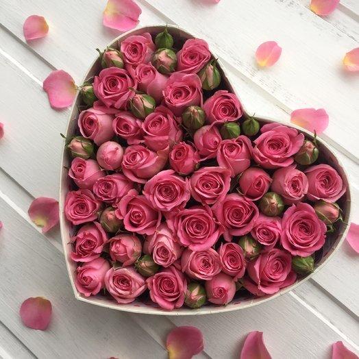 Сердце из розовых розочек: букеты цветов на заказ Flowwow