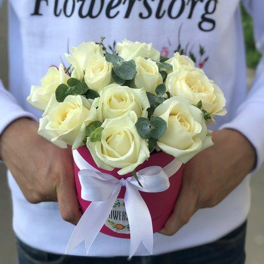 Коробки с цветами. Розы.  11 роз . N205