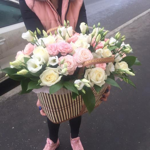 Нежная корзинка цветов микс: букеты цветов на заказ Flowwow