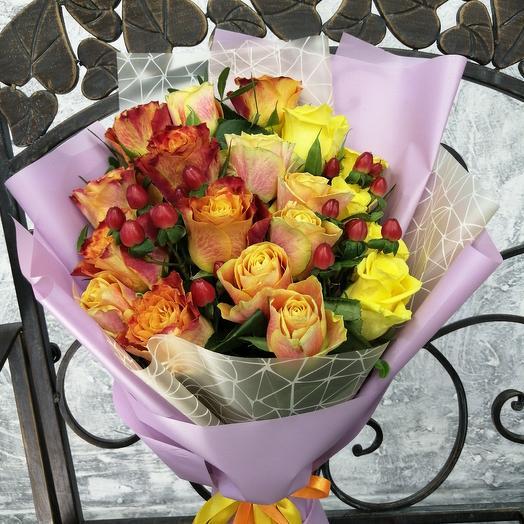 Яркий букет из роз,, Для тебя: букеты цветов на заказ Flowwow