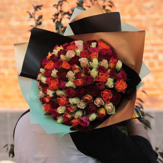 """101 кенийская роза """"Desire"""" микс 35 см в дизайнерской упаковке: букеты цветов на заказ Flowwow"""