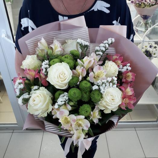Букет праздничный: букеты цветов на заказ Flowwow