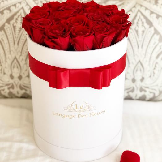 Medium white box with red roses is Eternal: flowers to order Flowwow