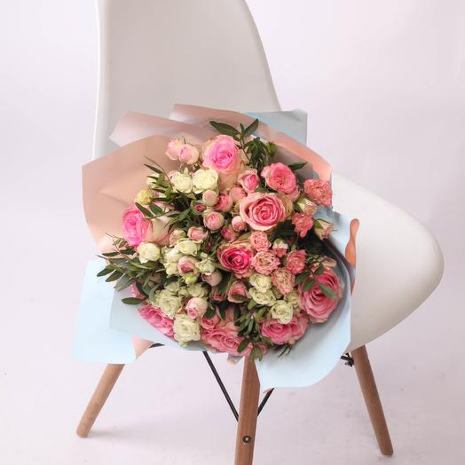 Сборный Букет М: букеты цветов на заказ Flowwow