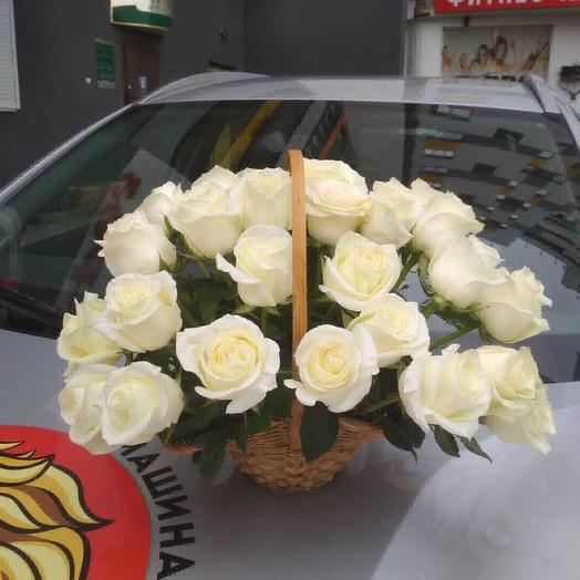 Корзинка Белоснежки: букеты цветов на заказ Flowwow