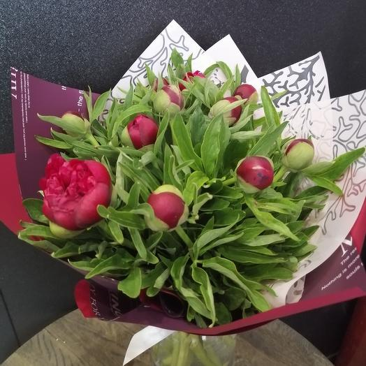 Bouquet of 11 Crimean peonies: flowers to order Flowwow