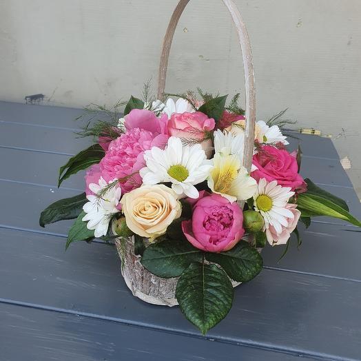 Корзина микс цветов
