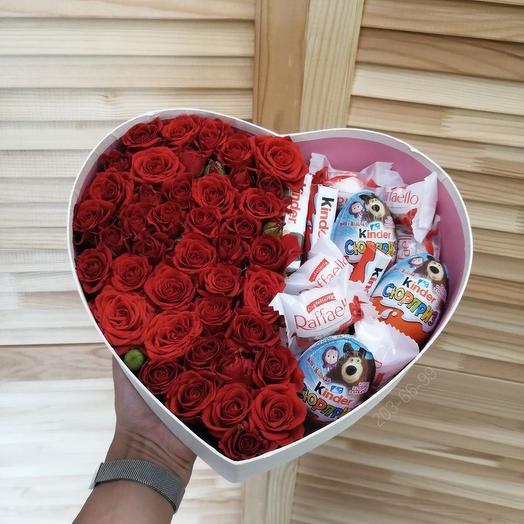 Коробка сердце с сладостями