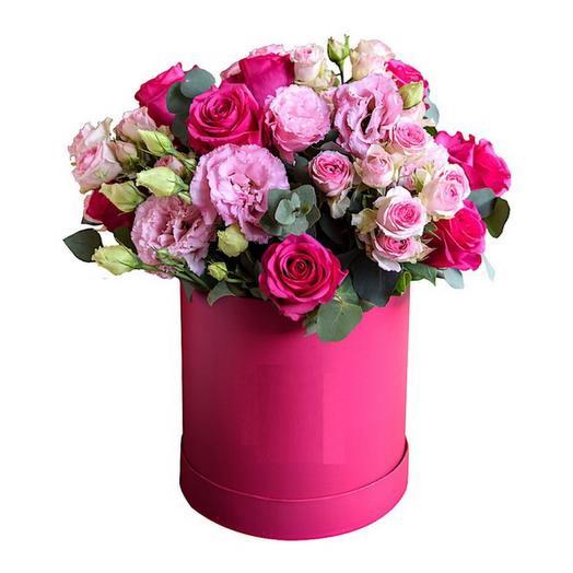 Шляпная коробочка Ягодная с эустомой и розами