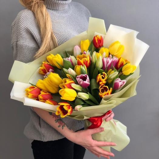 Большой букет Тюльпанов «Ванесса»