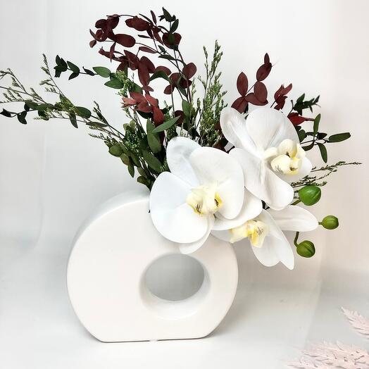 Белые Орхидеи в вазе