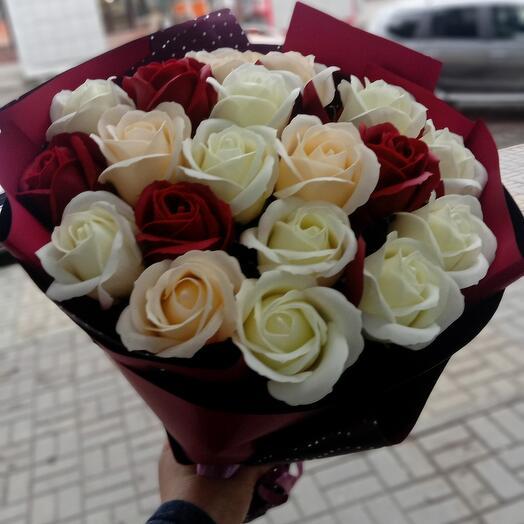 Розы из мыло
