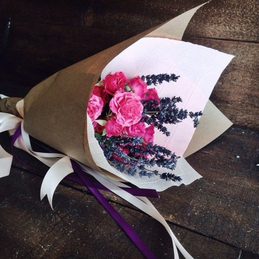 Роза Лаванда: букеты цветов на заказ Flowwow